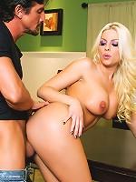 Britney Amber, Tommy Gunn