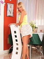 Noleta - Heavenly blonde dildos her pussy