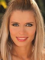 Dominika - Sunshine Cutie - Cutie in high heels loves to strip