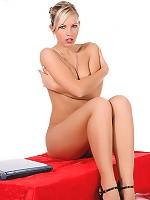 Jenni Gregg puts on a cute little striptease