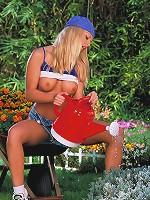 Jana Cova does a little naughty gardening
